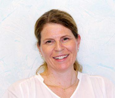 Priska Näpflin, Levis Dental AG